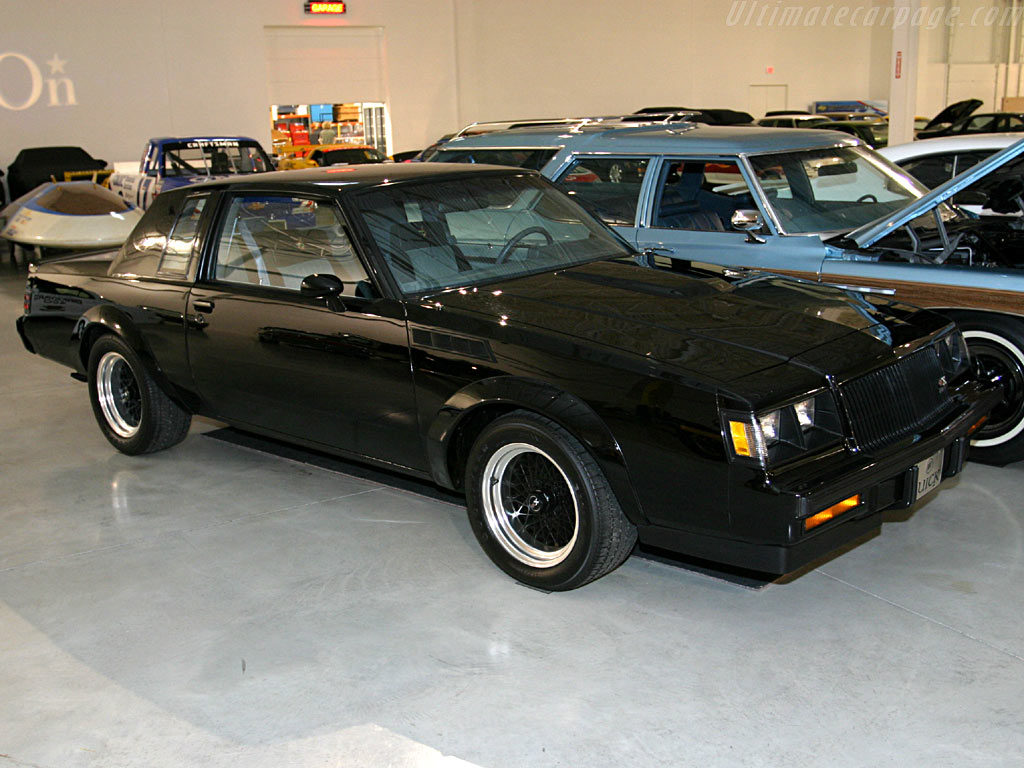 Buick Grand National GNX High Resolution Image (1 of 4)