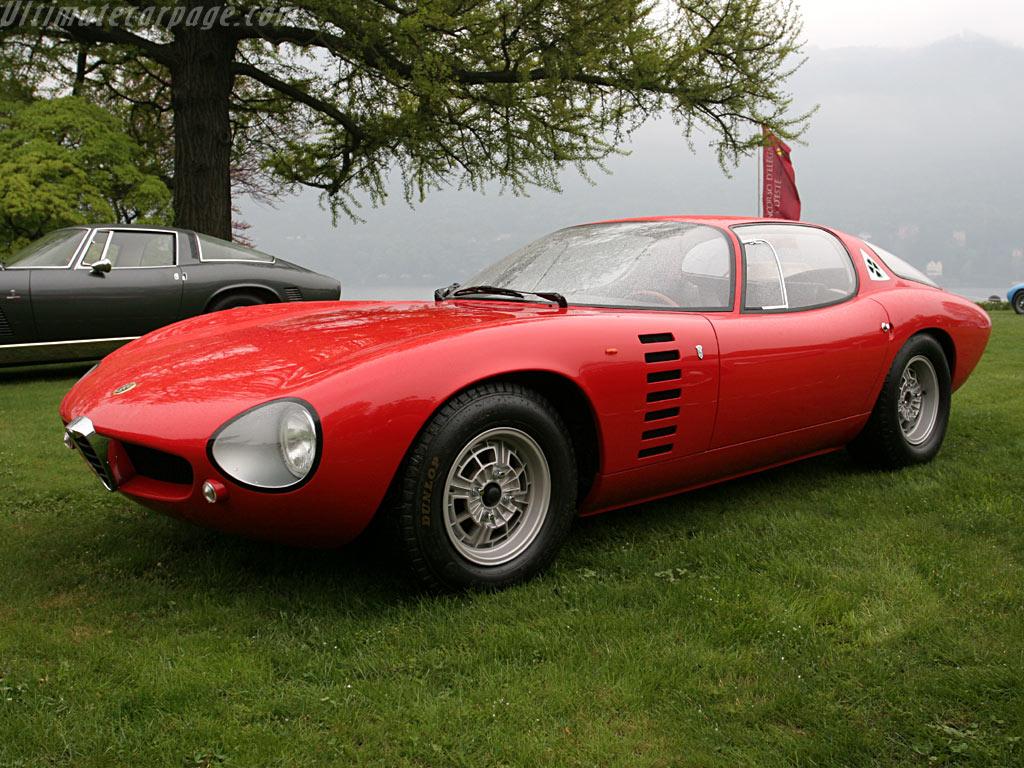 Alfa Romeo 4C GTA concept to