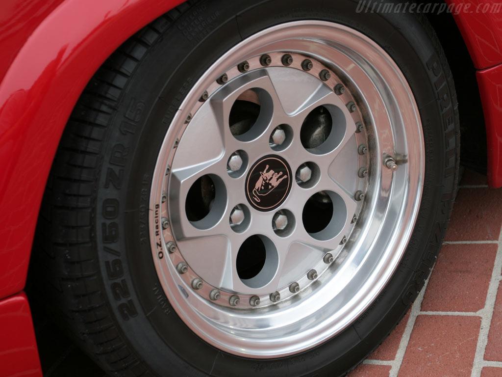 Lamborghini Countach 25th Anniversary High Resolution Image 6 Of 6