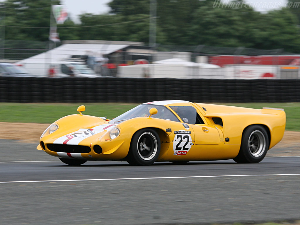 Lola T70 Mk3 Coupe Chevrolet