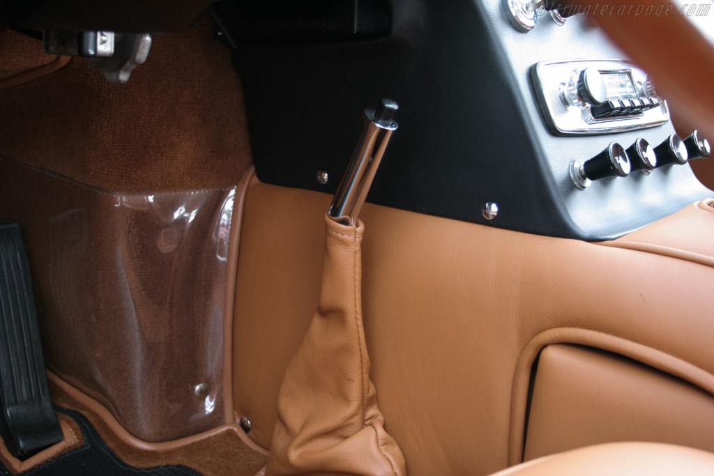 http://www.ultimatecarpage.com/images/large/2623/Ferrari-400-Superamerica-S1-Pininfarina-Aerodinamico_8.jpg