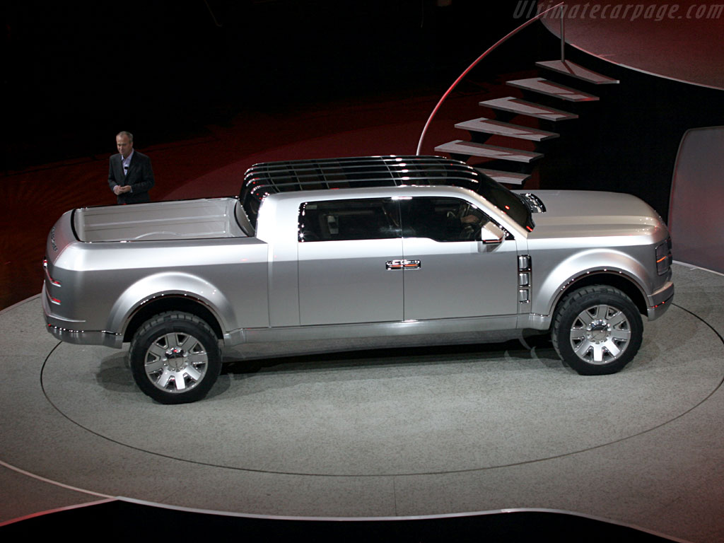 Ford F250 Super Chief Concept High Resolution Image (2 of 12)