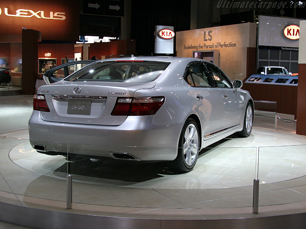 Lexus LS 460L High Resolution Image (4 of 6)
