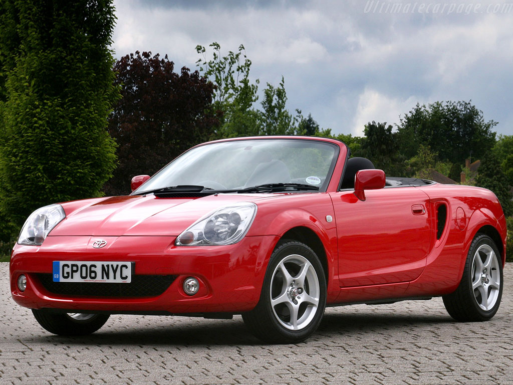 Toyota Mr2 Roadster Tf300 High Resolution Image 1 Of 3