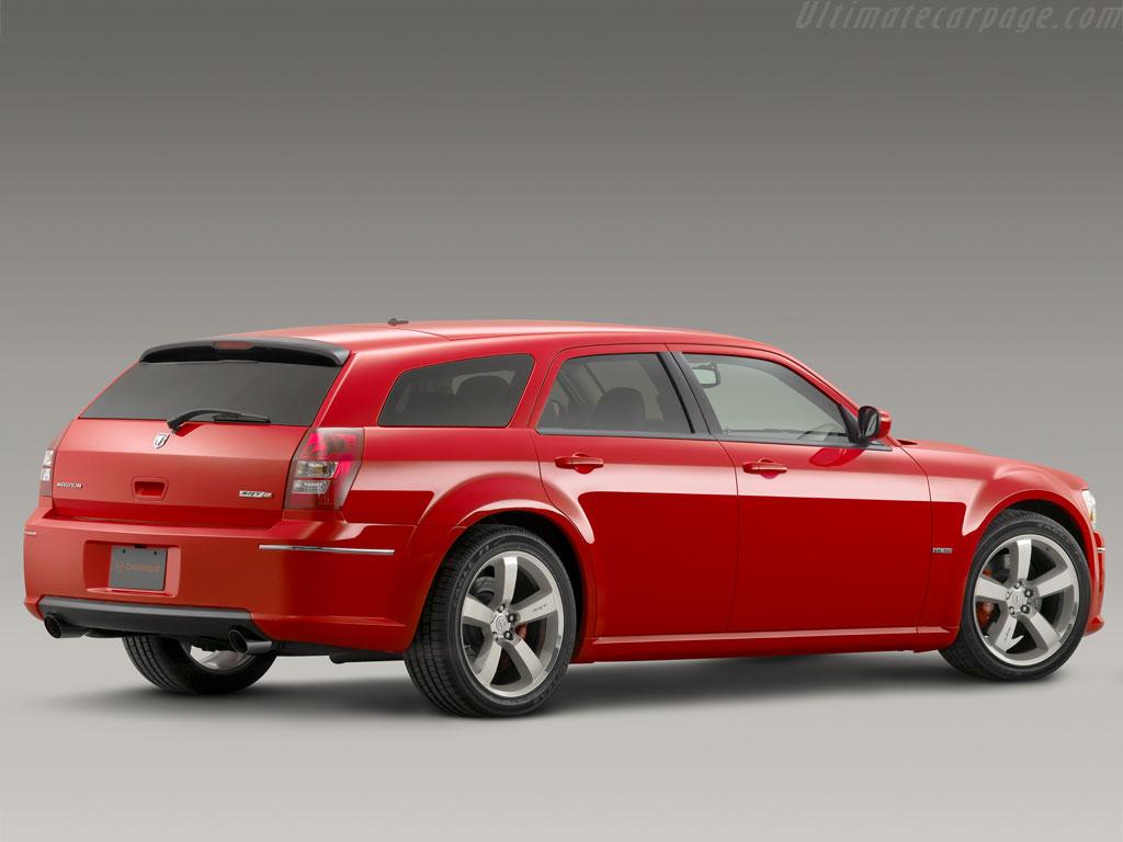 2008 Dodge Magnum SRT