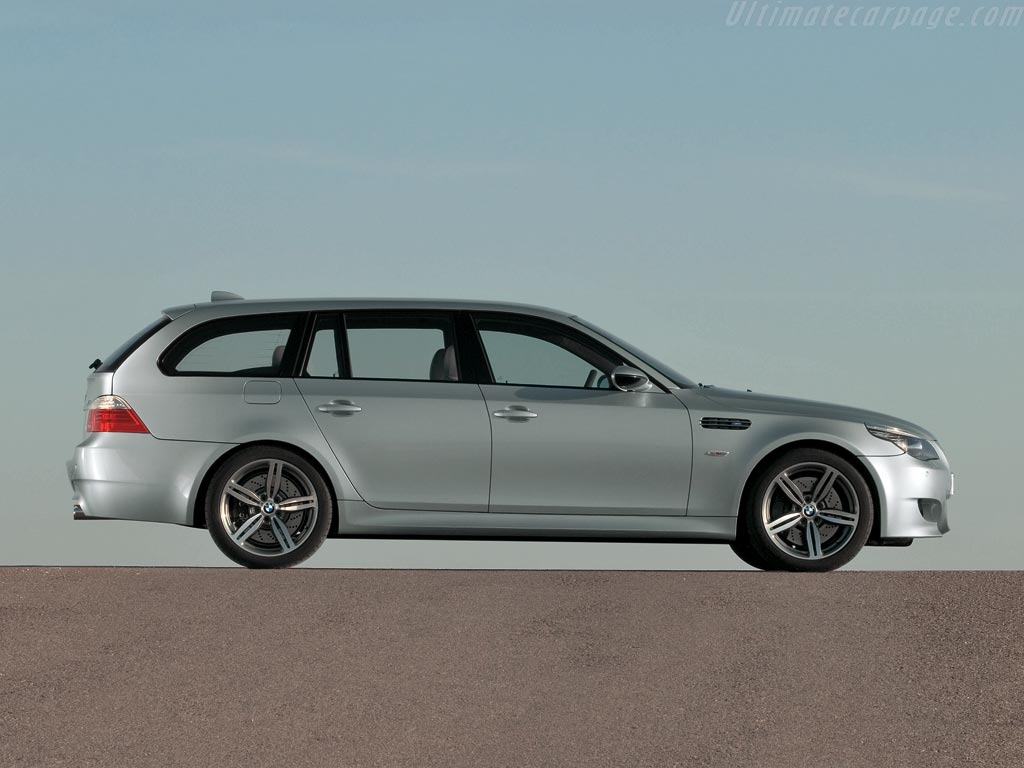 Bmw E60 M5 Touring High Resolution Image 2 Of 12