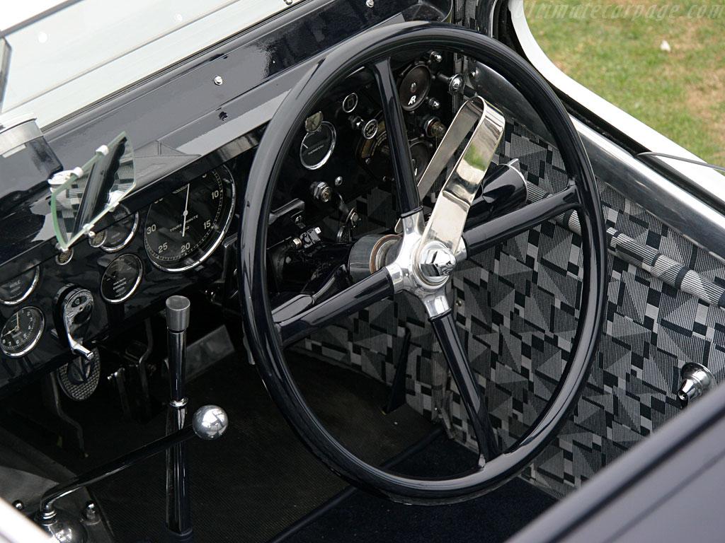 retromobile 2015 live : bugatti type 41 royale, la plus mythique