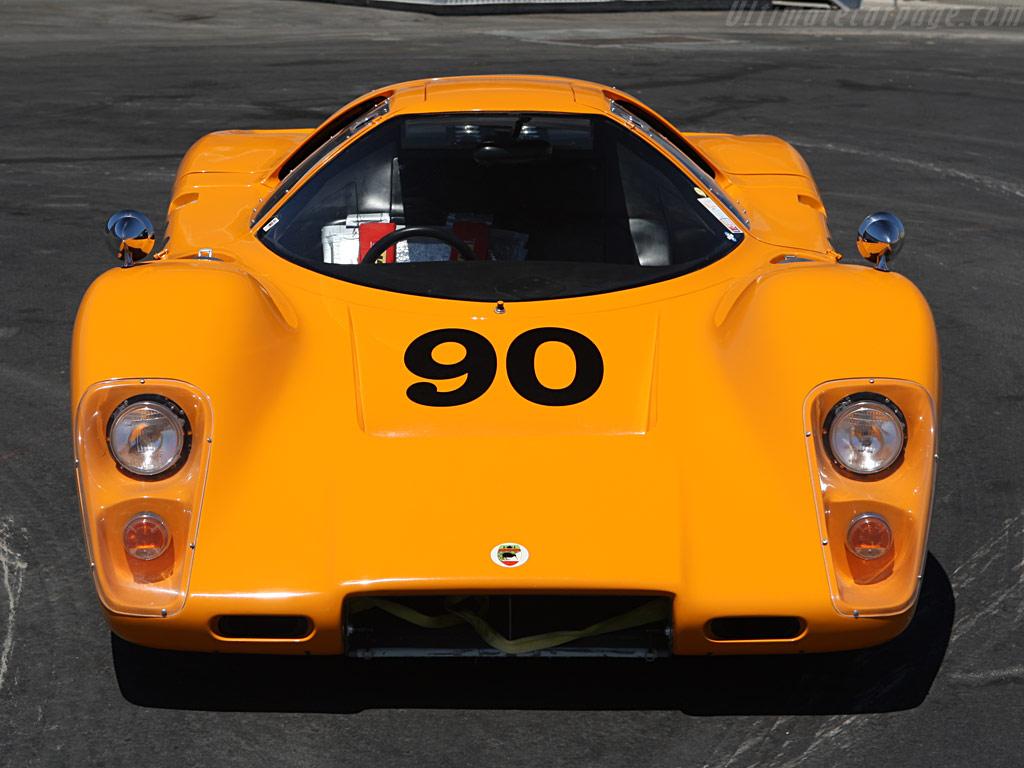 http://www.ultimatecarpage.com/images/large/315/McLaren-M6GT-Chevrolet_9.jpg