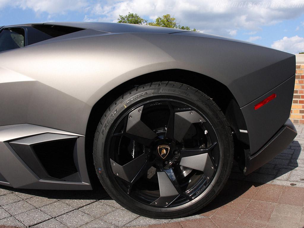 LamborghiniReventon_15.jpg