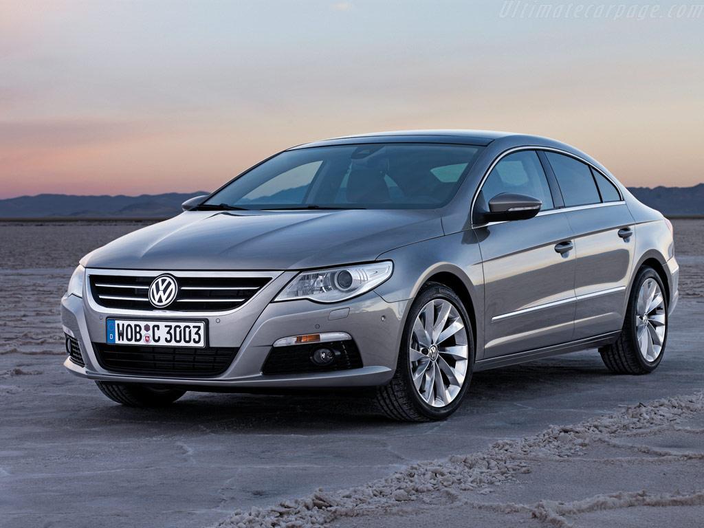 Volkswagen Passat CC стане уніве…