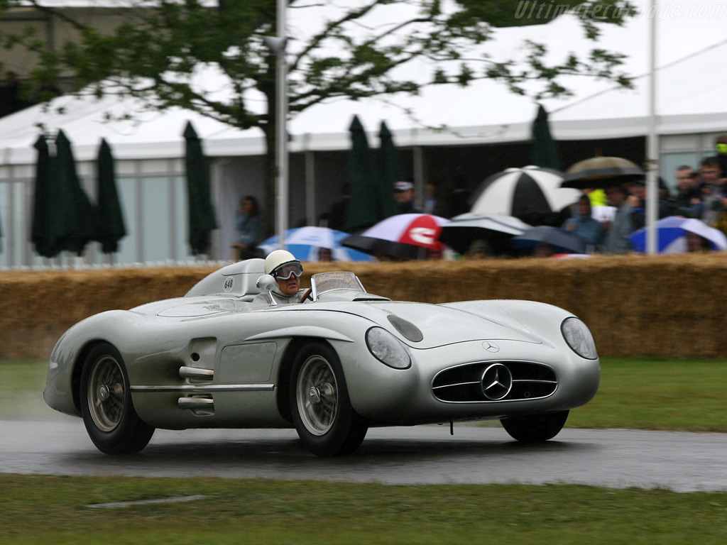 Mercedes-Benz-300-SLR-Roadster_14.jpg