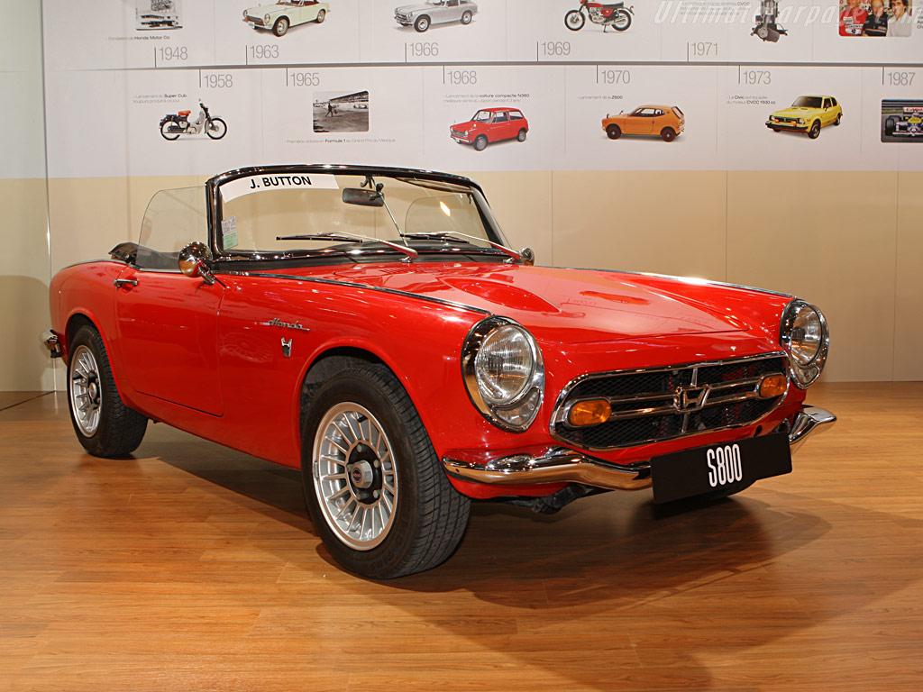 the most beautiful convertible autos   revscene automotive
