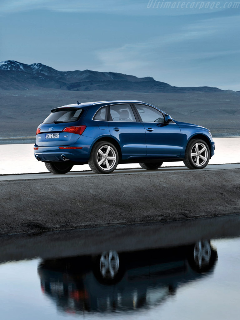 Audi Q5 High Resolution Image (5 of 6)