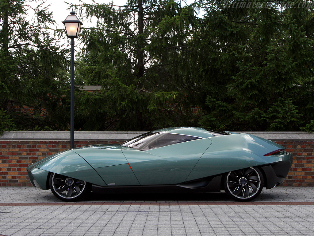 Xhibitionist Superyacht Concept further Bat Exclusive 1967 Alfa Romeo Giulia Sprint Gt Veloce besides Oldcars3 as well Throwback Thursdays Cool Cars From The 60s 127037 as well 2018 Gmc Denali Xt Concept. on alfa romeo bat cars
