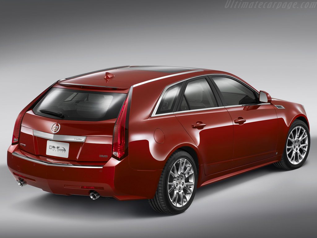 Cadillac cts sport wagon high resolution image 4 of 6