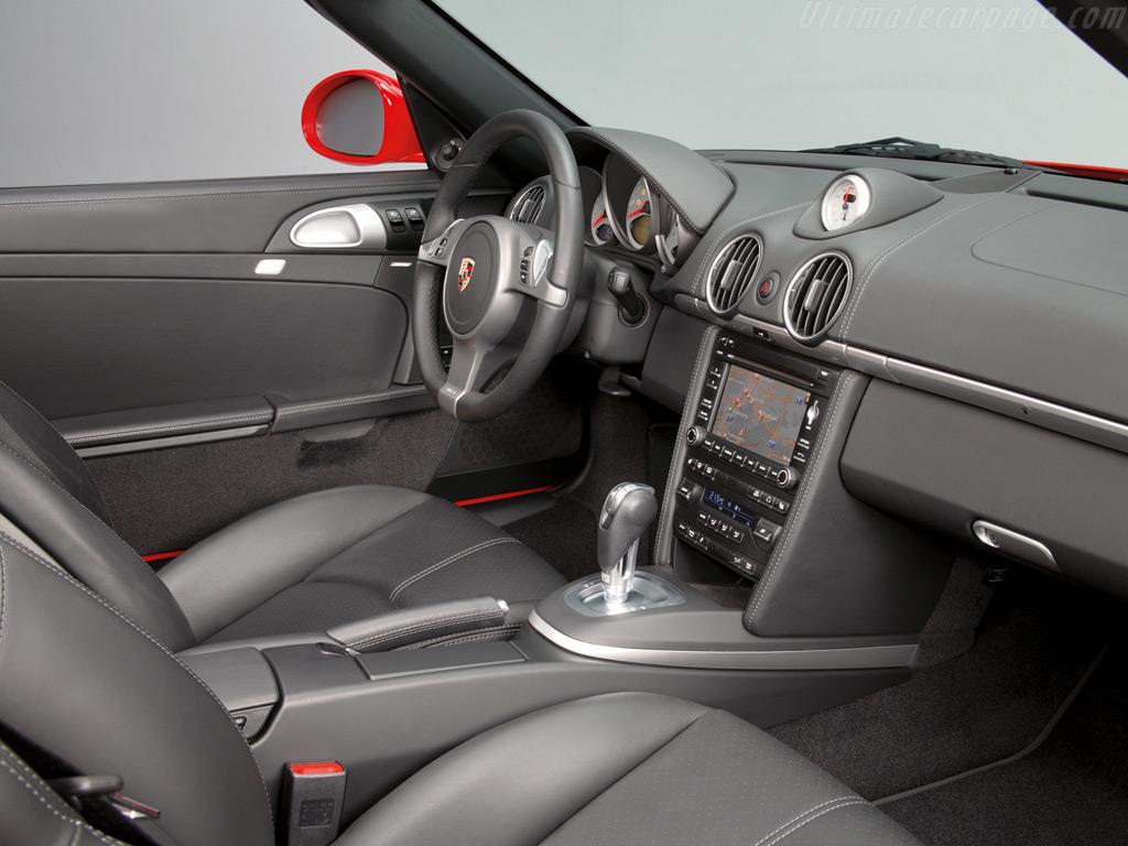 Фото салона Porsche Boxster.…