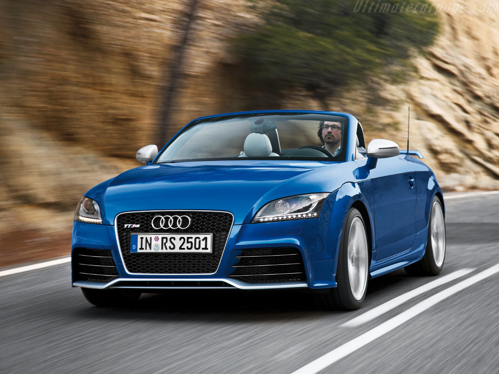 Audi TT RS Roadster High Resolution Image (2 of 6)