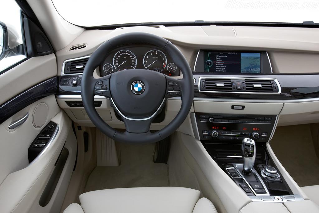 Bmw 550i Gran Turismo High Resolution Image 11 Of 12