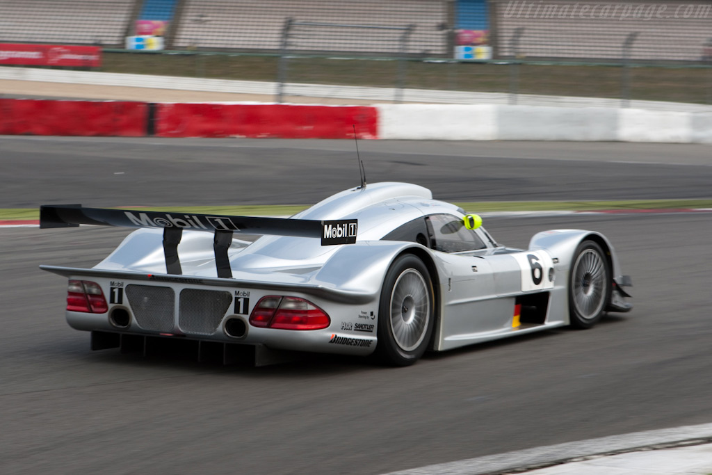 1999 Mercedes Clr In 1 18 Dx Model Petitions