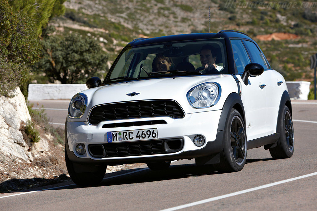 2010 mini cooper s countryman automatic all4 related. Black Bedroom Furniture Sets. Home Design Ideas