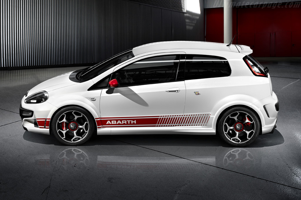 2010 fiat abarth punto evo. Black Bedroom Furniture Sets. Home Design Ideas
