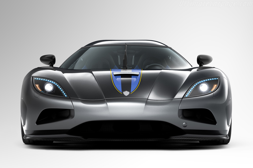 http://www.ultimatecarpage.com/images/large/4456/Koenigsegg-Agera_3.jpg