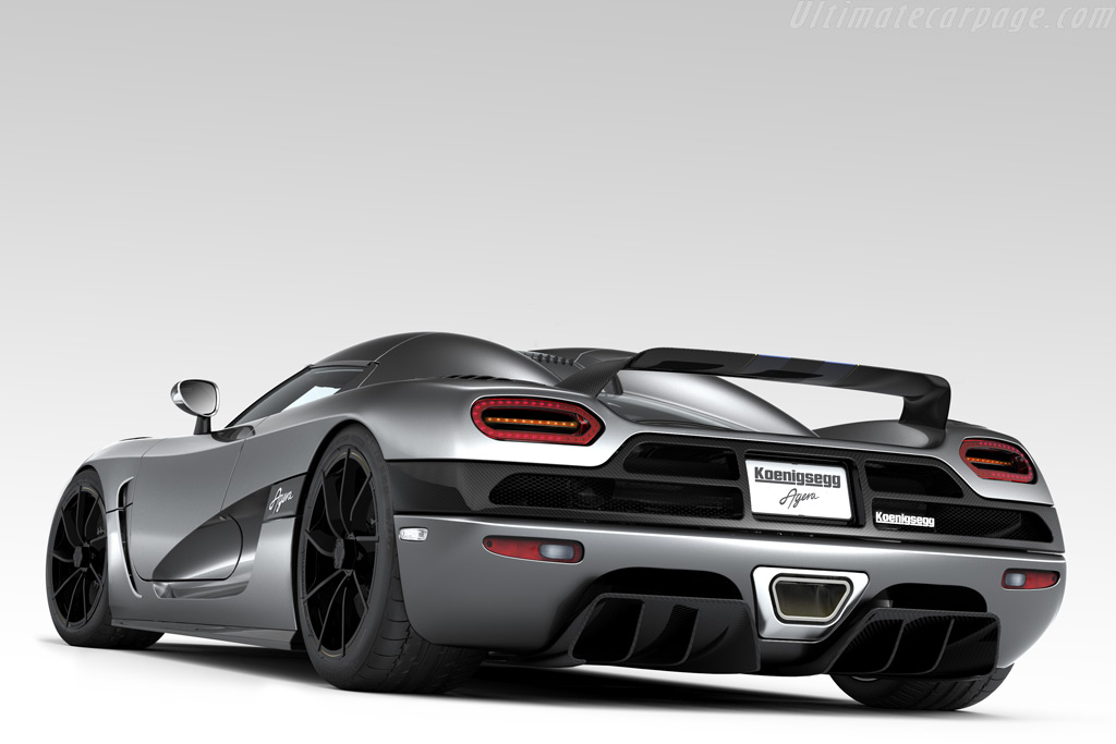 http://www.ultimatecarpage.com/images/large/4456/Koenigsegg-Agera_4.jpg