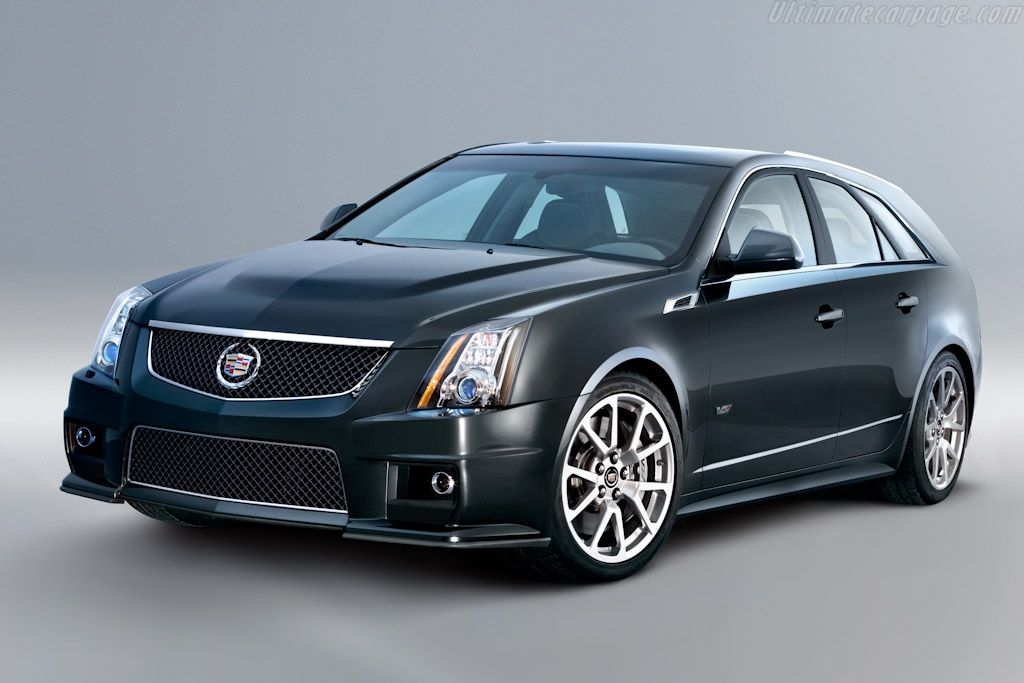 Cadillac CTS-V Sport Wagon High Resolution Image (1 of 5)