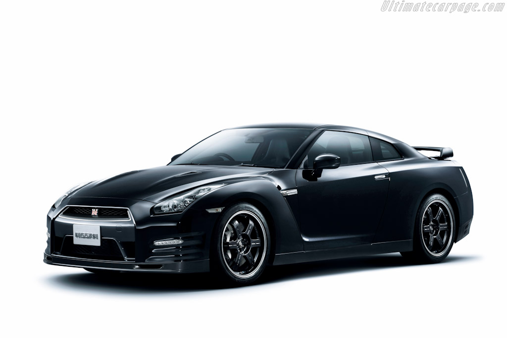 Nissan GT-R SpecV High Resolution Image (1 of 4)