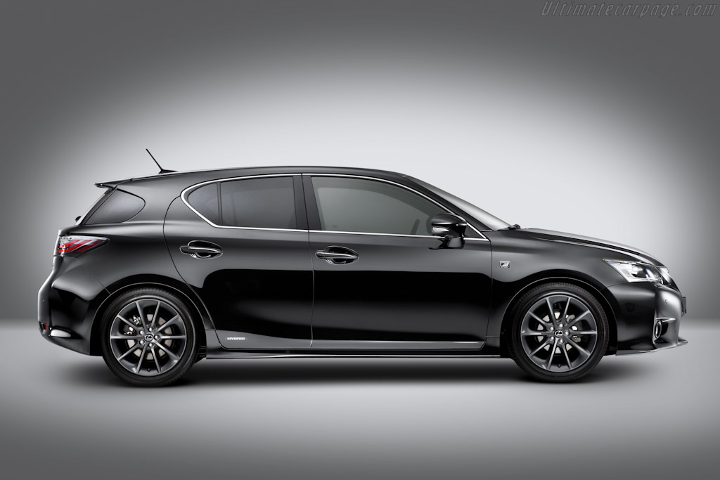 Lexus CT 200h F-Sport High Resolution Image (3 of 6)