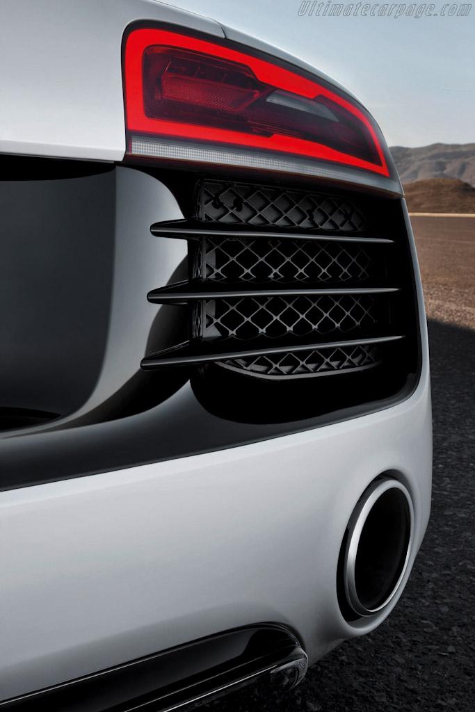 Audi R8 V10 High Resolution Image 5 Of 6