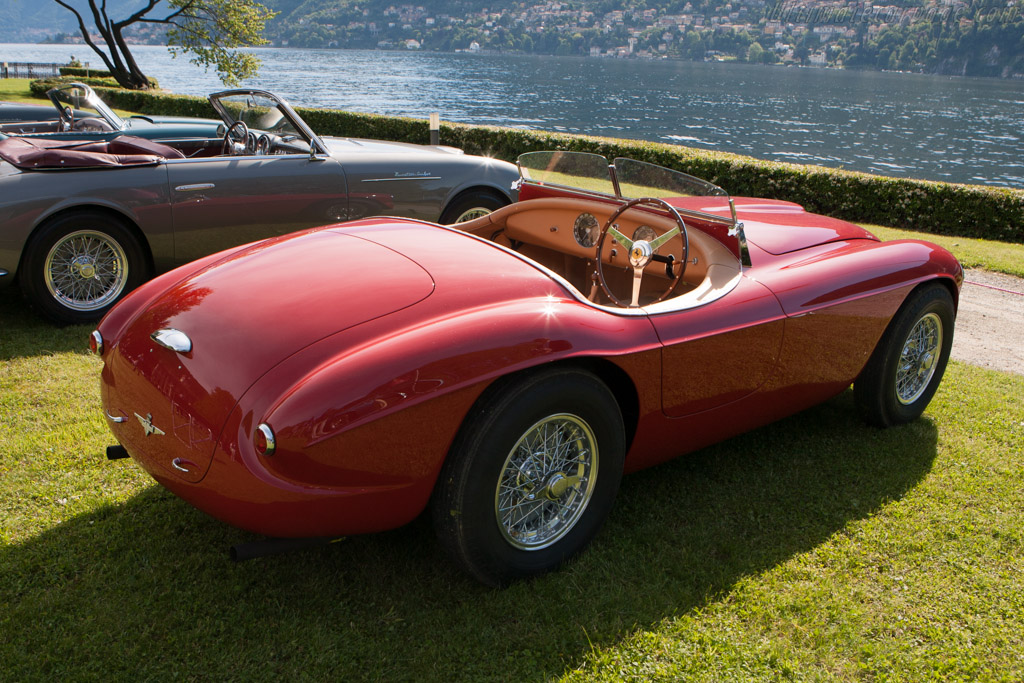 http://www.ultimatecarpage.com/images/large/5570/Ferrari-212-Export-Touring-Barchetta_3.jpg