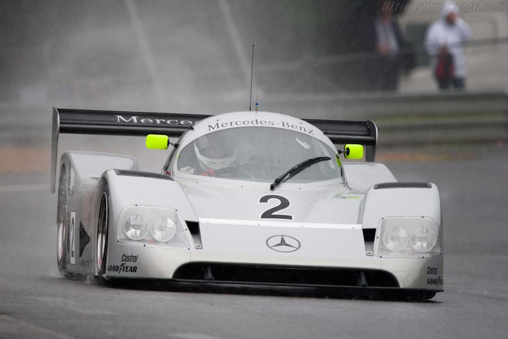Sauber mercedes c11 s n 89 2010 24 hours of le for Garage automobile le mans