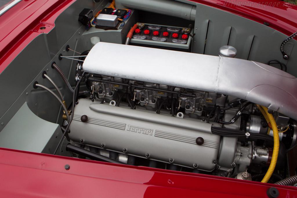 http://www.ultimatecarpage.com/images/large/5654/Ferrari-212-MM-Vignale-Berlinetta_8.jpg