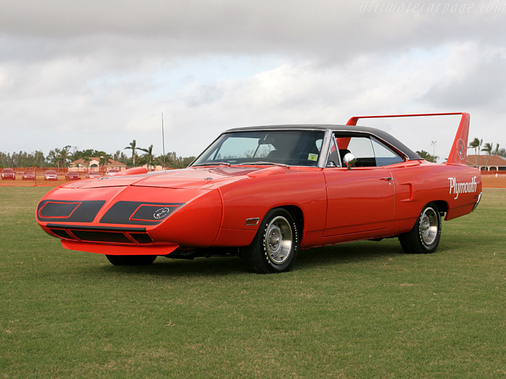 Plymouth road runner superbird high resolution image 1 of 12