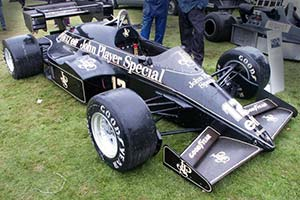 Click here to open the Lotus 95T Renault gallery