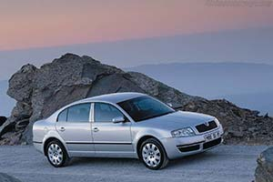 Click here to open the Skoda Superb gallery