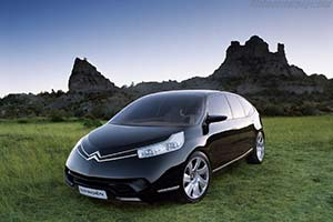 Click here to open the Citroën C-Airlounge gallery