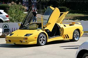 Click here to open the Lamborghini Diablo VT Roadster gallery