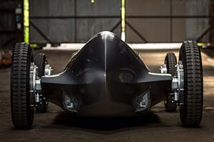 Click here to open the Infiniti Prototype 9 gallery