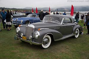 Click here to open the Mercedes-Benz 300 Sc Coupe gallery