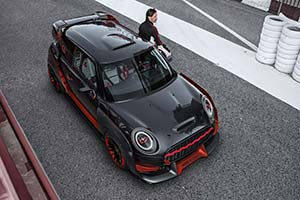 Click here to open the MINI John Cooper Works GP Concept gallery