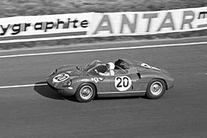 Click here to open the Ferrari 275 P  gallery
