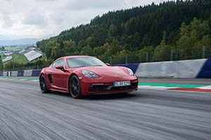 Click here to open the Porsche 718 Cayman GTS gallery