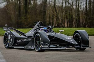 Click here to open the DS E-TENSE FE 19 gallery