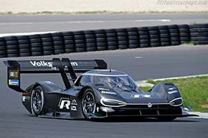Click here to open the Volkswagen I.D. R Pikes Peak gallery