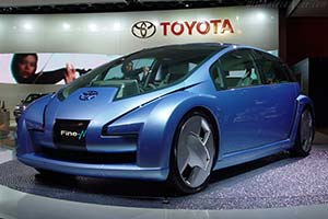 Click here to open the Toyota Fine-N gallery