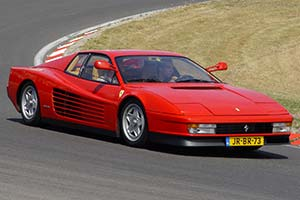 Click here to open the Ferrari Testarossa gallery