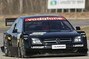 Click here to open the Opel Vectra GTS V8 gallery