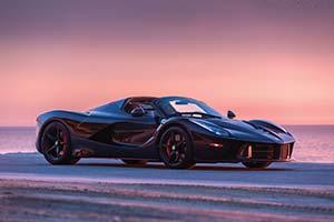 Click here to open the Ferrari LaFerrari Aperta  gallery